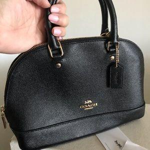 Coach top handle w/ detachable strap bag!